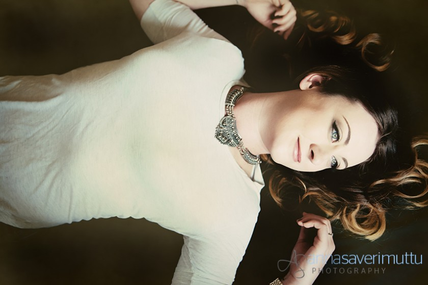 Women's beauty photography by Anna Saverimuttu Photography, Guildford